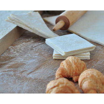 Les Boulangers 15 In. x 22 In. Frozen Croissant Do